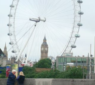 London Eye w big ben but cut off tigt